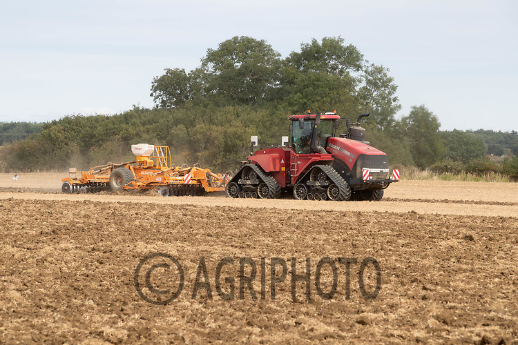 12-9-2021 Cultivating stubble in Lincolnshire <br /> ©Tim Scrivener Photographer 07850 303986<br />      ....Covering Agriculture In The UK....