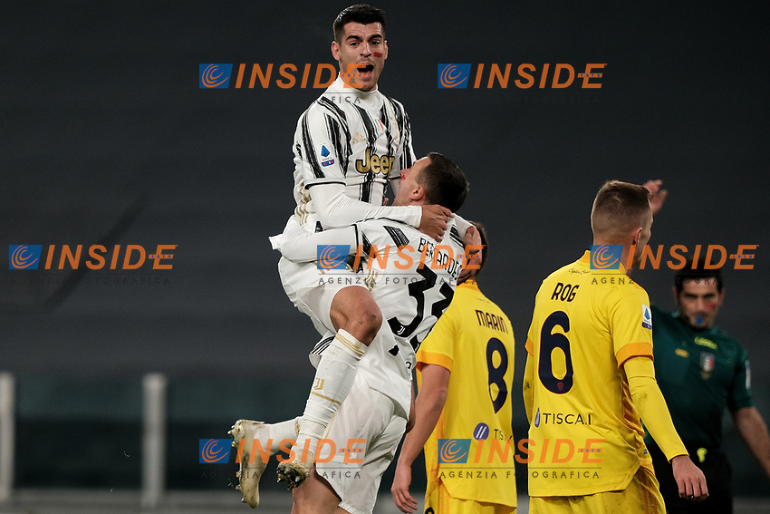 Federico Bernardeschi of Juventus FC celebrates with Alvaro Morata after scoring a goal during the Serie A football match between Juventus FC and Cagliari Calcio at Allianz stadium in Torino (Italy), November21th, 2020. Goal was canceled by the referee. Photo Federico Tardito / Insidefoto
