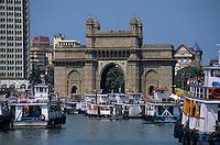 Asie/Inde/Maharashtra/Bombay: La Gateway of India
