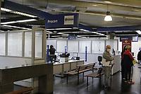 """Campinas (SP), 26/08/2020 - Poupatempo - A partir desta quarta-feira (26), a unica unidade do Poupatempo em Campinas (SP) volta a funcionar presencialmente apos fechar em marco por conta da pandemia do novo coronavirus e sem o """"apoio"""" da unidade central. O Poupatempo do Campinas Shopping abrira as 9h e fecha as 19h. A capacidade de atendimento sera de 30%, segundo o governo estadual.<br />A abertura faz parte de um plano de retomada do Poupatempo, que priorizara servicos que necessitam da presenca do cidadao - como a emissao do RG. Alem disso, em Campinas, a unidade tambem vai absorver os servicos do Detran, incluindo a primeira CNH, apos o fim dos atendimentos na unidade do Detran de Campinas, que tambem ficava no Campinas Shopping. (Foto: Denny Cesare/Codigo 19/Codigo 19)"""