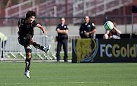 Eriko Arakawa kicks the ball. Los Angeles Sol defeated FC Gold Pride 2-0 at Buck Shaw Stadium in Santa Clara, California on May 24, 2009.