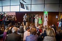 LA TROUPE DU GROUPE TONNE AU FESTIVAL LA BIBLIOTHEQUE PARLANTE A LA BNF (BIBLIOTHEQUE NATIONALE DE FRANCE) SITE FRANCOIS MITTERRAND A PARIS LE 20 MAI 2017