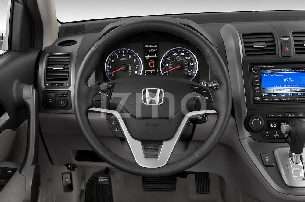 Steering wheel view of SUV 2008 Honda CRV