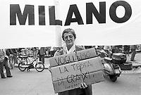 - Milano, manifestazione contro la corruzione e in difesa dell'inchiesta Mani Pulite (aprile 1992)