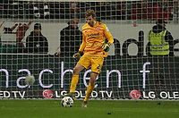 Torwart Felix Wiedwald (Eintracht Frankfurt) - 18.12.2019: Eintracht Frankfurt vs. 1. FC Koeln, Commerzbank Arena, 16. Spieltag<br /> DISCLAIMER: DFL regulations prohibit any use of photographs as image sequences and/or quasi-video.