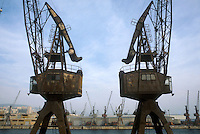 - Genoa harbor, crane out of service preserved as monument....- porto di Genova, gru fuori uso conservate come monumento