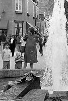 Fontaine,<br /> Rue Prince-Arthur, <br /> Mai 1985,