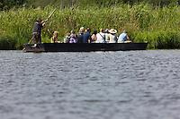 Europe/France/Pays de la Loire/44/Loire-Atlantique/Parc Naturel Régional de Brière/Saint-Lyphard: Port de Bréca - Promenade en chaland guidée commentée au cœur du marais Briéron avec l'Arche Briéronne
