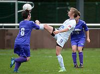 Finale Beker van West-Vlaanderen Vrouwen FC Knokke - SK Opex Girls Oostende :  Annelies Vanwelden (9) met de controle <br /> foto DAVID CATRY | Sportpix.be