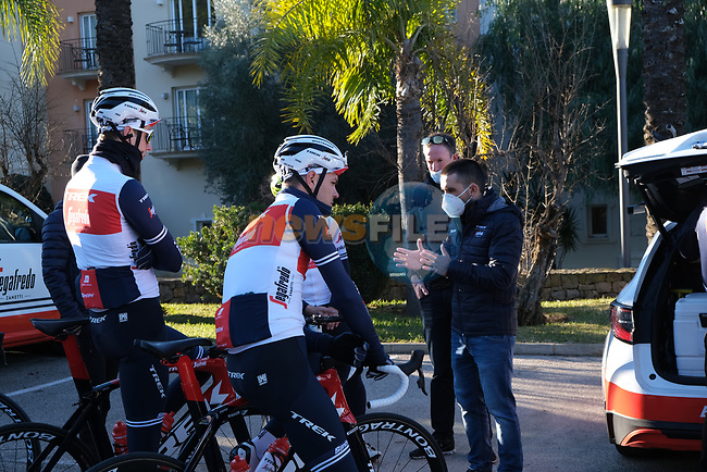 Trek–Segafredo 2021 mens and womens team during their winter training camp. 18th January 2021.<br /> Picture: Trek Factory Racing   Cyclefile<br /> <br /> All photos usage must carry mandatory copyright credit (© Cyclefile   Trek Factory Racing)