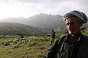 Iraq 2009.Spring in Candil, shepherds and sheep   Irak 2009. Bergers et leur troupeau au printemps dans la région de Candil