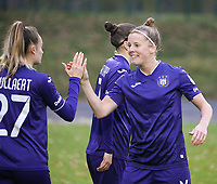 Laura Deloose (14 Anderlecht) gives Tessa Wullaert (27 Anderlecht) a high five before female soccer game between FC Femina WS Woluwe and RSC Anderlecht Women on the eight match day of the 2020 - 2021 season of Belgian Women's Super League , Sunday 22nd of November 2020  in Woluwe, Belgium . PHOTO SPORTPIX.BE | SPP | SEVIL OKTEM