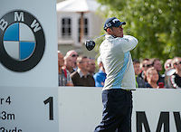 21.05.2015. Wentworth, England. BMW PGA Golf Championship. Round 1.  Lee Westwood [ENG] on the first tee. The first round of the 2015 BMW PGA Championship from The West Course Wentworth Golf Club
