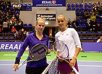 18-12-10, Tennis, Rotterdam, Reaal Tennis Masters 2010, Richel Hoogenkamp(L) en Arantxa Rus
