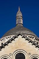 Europe/France/Aquitaine/24/Dordogne/Périgueux: Clocher et façade de  la cathédrale Saint-Front, et ses coupoles- étape sur le chemin de Compostelle, site classé Patrimoine Mondial de l'UNESCO