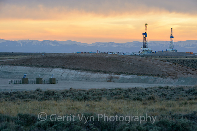 Natural gas drilling rigs on the Pinedale, Mesa. Sublette County, Wyoming. May.