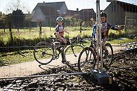 kids/fans waiting for their heroes to ride by<br /> <br /> Koppenbergcross 2015