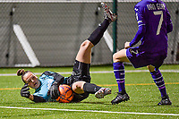 Aalst's goalkeeper Silke Baccarne (1) makes a save during a female soccer game between RSC Anderlecht Dames and Eendracht Aalst Ladies  on the fourth matchday of the 2020 - 2021 season of Belgian Womens Super League , Tuesday 13 th of October 2020  in ANDERLECHT , Belgium . PHOTO SPORTPIX.BE | SPP | STIJN AUDOOREN