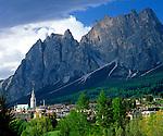 Italy, Veneto, Dolomites, Cortina d'Ampezzo and Monte Pomagagnon (2.450 m)