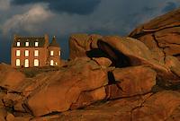 Europe/France/Bretagne/22/Côtes d'Armor/Ploumanac'h/La côte de granit rose: Les rochers de Ploumanach