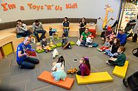 toys r us grand opening galleria houston texas