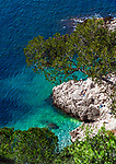 Frankreich, Provence-Alpes-Côte d'Azur, Nizza: felsiger Kuestenabschnitt unterhalb des Jardin Félix Rainault   France, Provence-Alpes-Côte d'Azur, Nice: rocky coastline below Jardin Félix Rainault