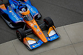 #9: Scott Dixon, Chip Ganassi Racing Honda pulling into Victory Lane