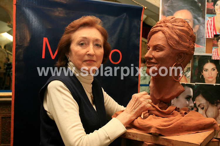 **ALL ROUND PICTURES FROM SOLARPIX.COM**.SYNDICATION RIGHTS FOR UK, CANADA, USA, SOUTH AFRICA, SOUTH AMERICA, DUBAI, AUSTRALIA, NEW ZEALAND, GREECE, ASIA.The first cast of the Spanish actress Penelope Cruz in wax was presented today at the wax museum in Madrid..JOB REF:3397- SPA     DATE:22_02_07.**MUST CREDIT SOLARPIX.COM OR DOUBLE FEE WILL BE CHARGED* *UNDER NO CIRCUMSTANCES IS THIS IMAGE TO BE REPRODUCED FOR ANY ONLINE EDITION WITHOUT PRIOR PERMISSION*