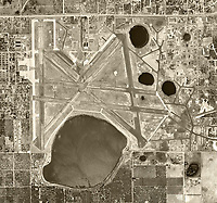 historical aerial photograph Orlando Executive Airport, Florida, 1952