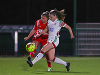 Davinia Vanmechelen (25 Standard) and Estee Cattoor (11 OHL) in action during a female soccer game between Oud Heverlee Leuven and Standard Femina De Liege on the 10th matchday of the 2020 - 2021 season of Belgian Womens Super League , sunday 20 th of December 2020  in Heverlee , Belgium . PHOTO SPORTPIX.BE   SPP   SEVIL OKTEM
