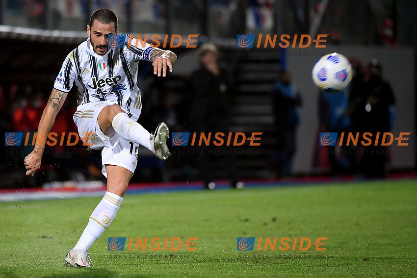 Leonardo Bonucci of Juventus FC in action during the Serie A football match between FC Crotone and Juventus FC at stadio Ezio Scida in Crotone (Italy), October 17th, 2020. Photo Federico Tardito / Insidefoto