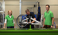 Pictured: Owners Shelley (L) and Jerry Lawson (R) with Jack Appleby (C) on the assembly line Monday 15 August 2016<br />