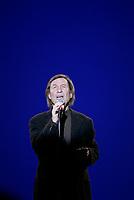 Spectacle d'adieu de Jean-Pierre Ferland, le 9 fevrier 2005 au cabaret du casino de Montreal<br /> <br /> Photo : Agence Quebec Presse