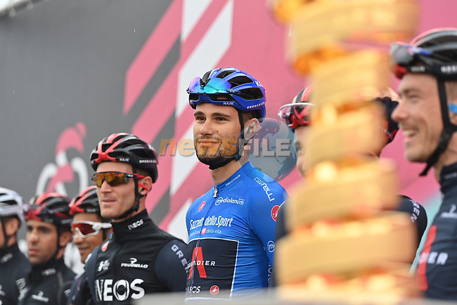 Maglia Azzurra Filippo Ganna (ITA) and Ineos Grenadiers at sign on before the start of Stage 9 of the 103rd edition of the Giro d'Italia 2020 running 208km from San Salvo to Roccaraso (Aremogna), Sicily, Italy. 11th October 2020.  <br /> Picture: LaPresse/Gian Mattia D'Alberto | Cyclefile<br /> <br /> All photos usage must carry mandatory copyright credit (© Cyclefile | LaPresse/Gian Mattia D'Alberto)