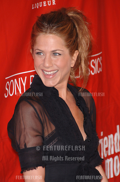 Actress JENNIFER ANISTON at the Los Angeles premiere of her new movie Friends with Money..March 27, 2006  Los Angeles, CA.© 2006 Paul Smith / Featureflash