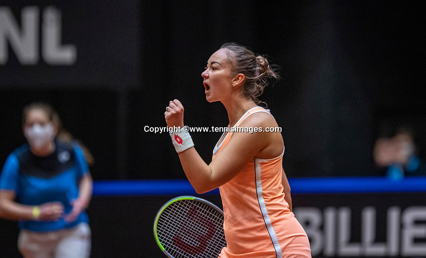 Den Bosch, The Netherlands, April 16, 2021,    Maaspoort, Billy Jean King Cup  Netherlands -  China , seccond day first match: Lesley Pattinama-Kerkhove (NED)  takes the seccond set and jubilates.<br /> Photo: Tennisimages/Henk Koster