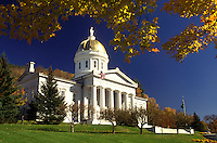 AJ1066, Vermont, Montpelier, The majestic State House in Montpelier is framed with golden maple leaves.