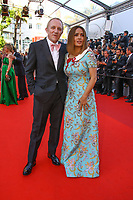 Salma Hayek et Francois- Henri Pinault sur le tapis rouge pour la soirée dans le cadre de la journée anniversaire de la 70e édition du Festival du Film à Cannes, Palais des Festivals et des Congres, Cannes, Sud de la France, mardi 23 mai 2017.