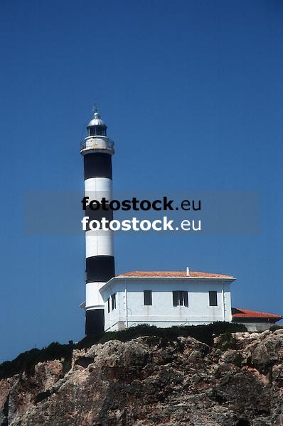 Lighthouse of Portocolom<br /> <br /> Faro de Portocolom<br /> <br /> Leuchtturm von Portocolom<br /> <br /> 2400 x 1592 px<br /> Original: 35 mm slide transparency