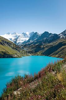 Switzerland, Canton Valais, Val de Moiry above Grimentz at Val d'Anniviers: reservoir Lac de Moiry, elevation of 2.249 m, at background the Moiry Glacier (Glacier de Moiry) and the Dent Blanche, 4.357 m   Schweiz, Kanton Wallis, Val de Moiry oberhalb von Grimentz (im Val d'Anniviers): Stausee Lac de Moiry auf 2.249 m, im Hintergrund der Moirygletscher (Glacier de Moiry) und die Dent Blanche, 4.357 m