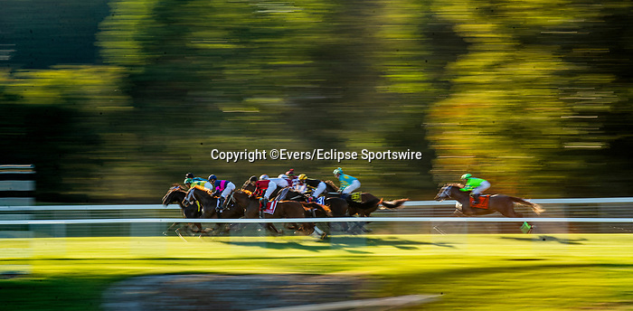 SEPTEMBER 06 2021: Horses race up the backside at Kentucky Downs in Franklin, Kentucky on September 06, 2021. Evers/Eclipse Sportswire/CSM