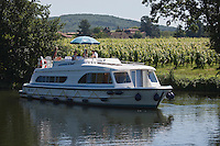 Europe/Europe/France/Midi-Pyrénées/46/Lot/Luzech: Tourisme fluvial dans la Vallée du Lot et le Vignoble de  AOC Cahors [Autorisation : 2011-106] [Autorisation : 2011-107] [Autorisation : 2011-108]
