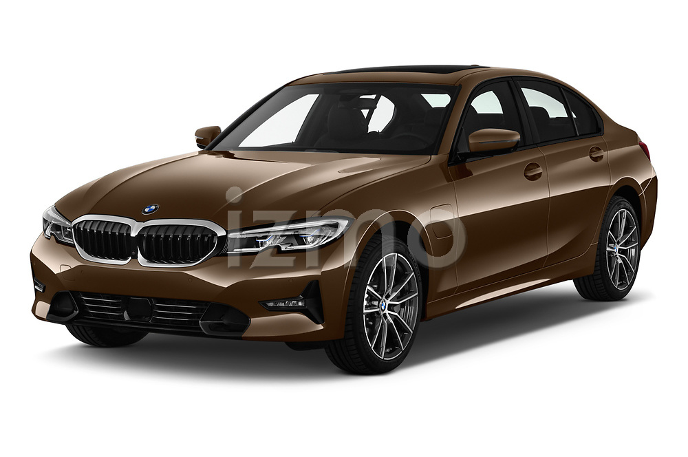 2019 BMW 3 Series Sport PHEV 4 Door Sedan angular front stock photos of front three quarter view