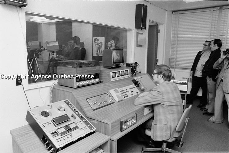 TV-Eveche,<br /> Octobre 1973,<br /> Date exacte inconnue<br /> <br /> PHOTO  : Agence Quebec Presse - Alain Renaud