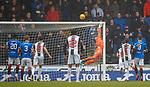 03.11.2018: St Mirren v Rangers: Allan McGregor saves