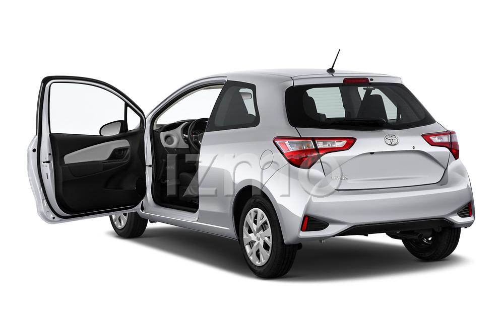 Car images of 2018 Toyota Yaris Y-oung 3 Door Hatchback Doors