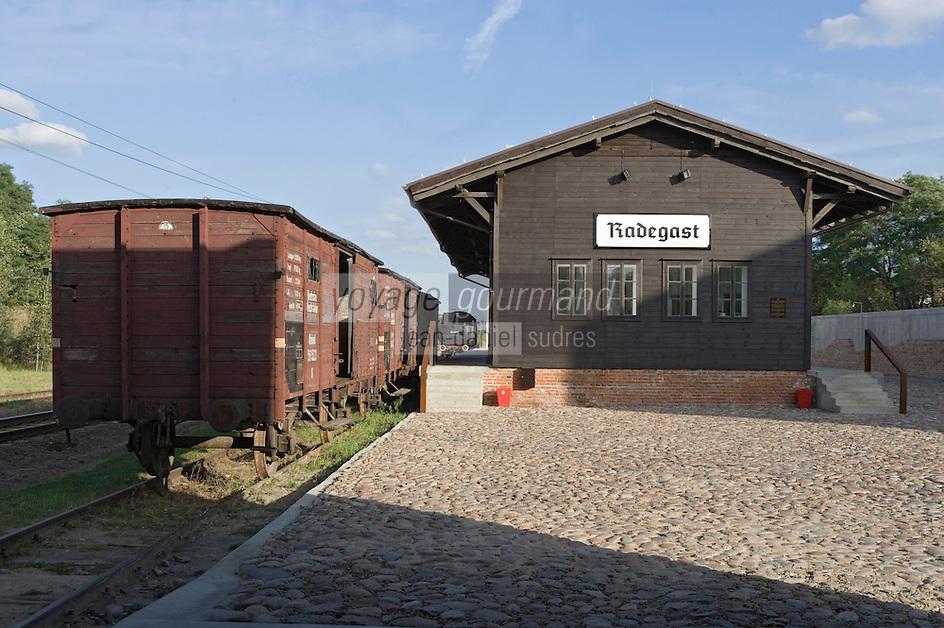 Europe/Pologne/Lodz: le monument du souvenir aux victimes du Ghetto et la gare Radegast-Radogoszcz gare d'ou partaient les trains pour le camp d'Auschwitz