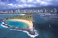 Aerial view of Magic Island, with Ala Moana, and Honolulu in the background