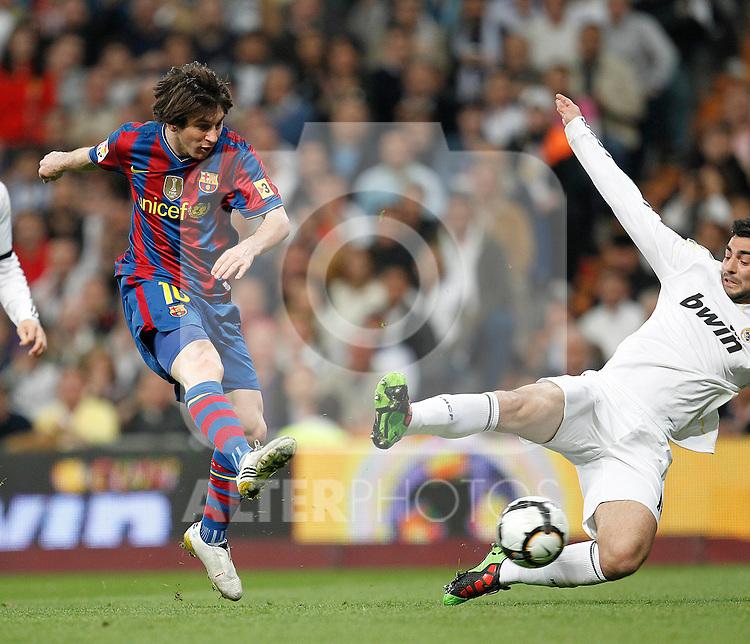 MADRID (10/04/2010).- Spanish League match Real Madrid vs Barcelona. Messi goal...Photo Cesar Cebolla / ALFAQUI