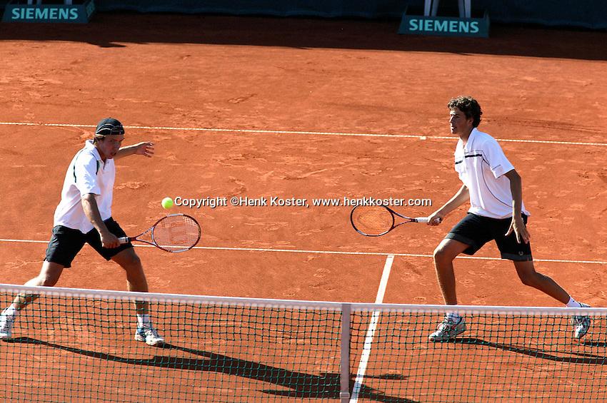 15-7-06,Scheveningen, Siemens Open, semi finals, Igor Sijsling and Robin Haase(r)